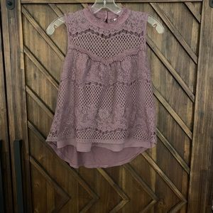 Xhilaration plum purple tank top crochet front